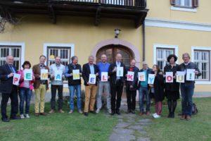 Der Kiwanisclub Gailtal begrüßt das gemeinsame Patenkind Pema auf liebevolle und originelle Weise